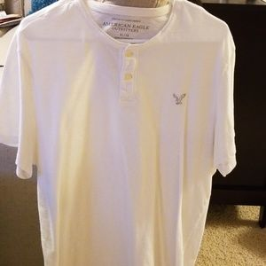 Men's American Eagle henley